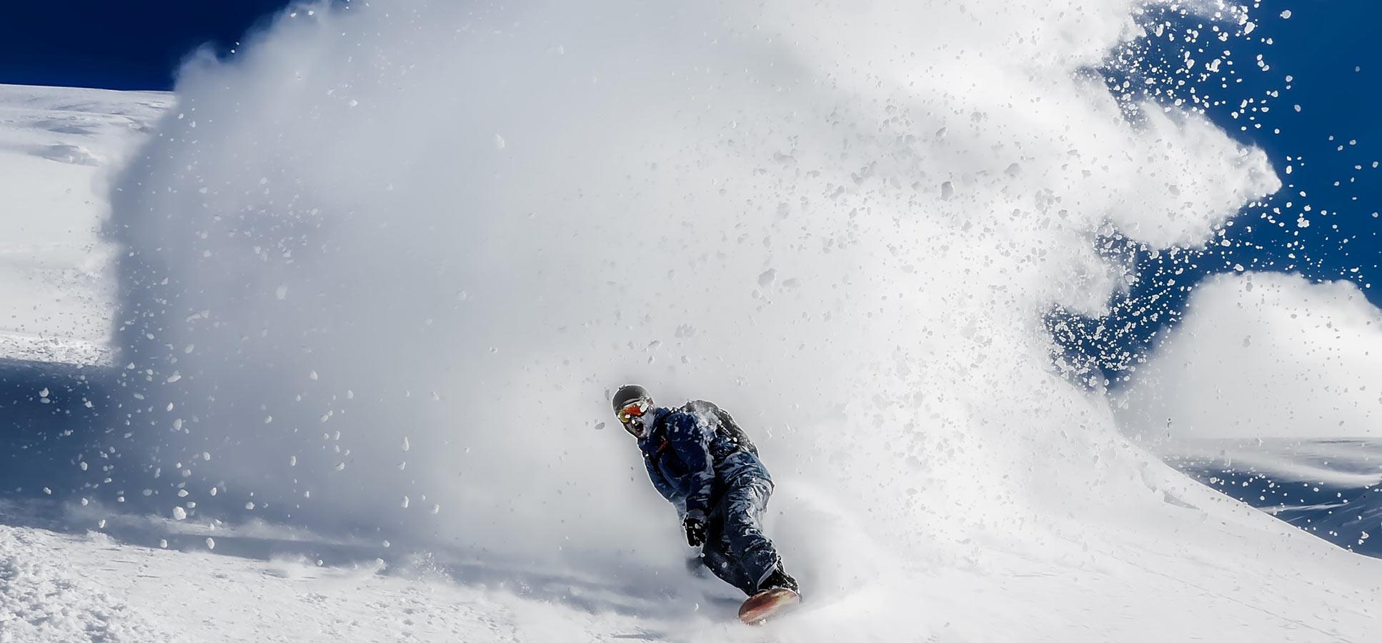 Ski-and-snowboarding-pr
